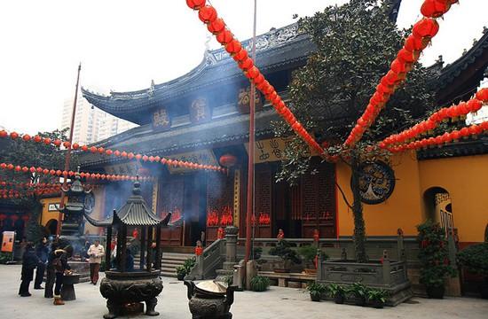 Thăm Đền Phật Ngọc trong chuyến du lịch Thượng Hải