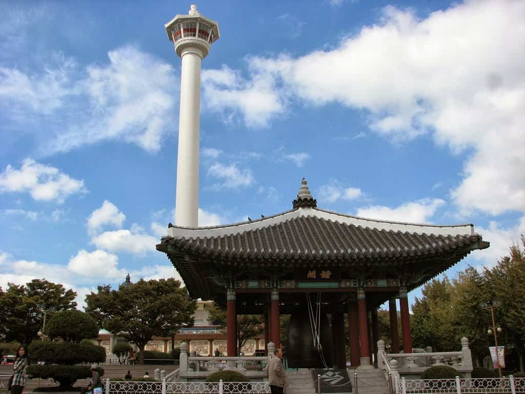Du-lịch-Busan-Yongdusan