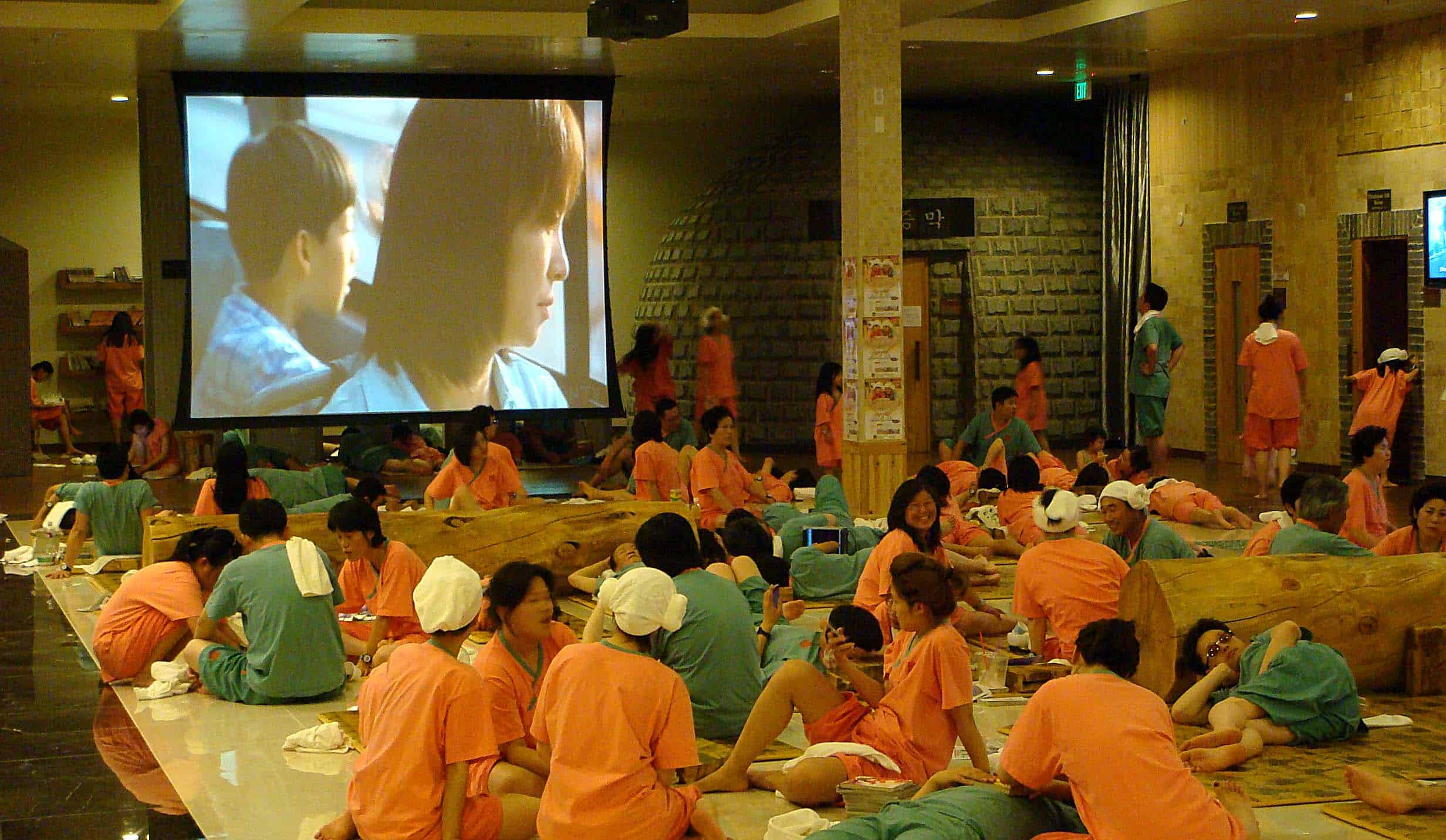 Du-lịch-Hàn-Quốc-1-lần-trong-đời-Văn-hóa-Hàn-Quốc-Jimjilbang