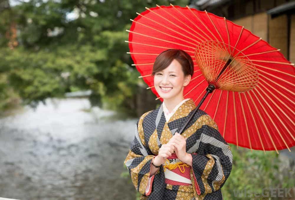 Du-lich-Nhat-Ban-kimono