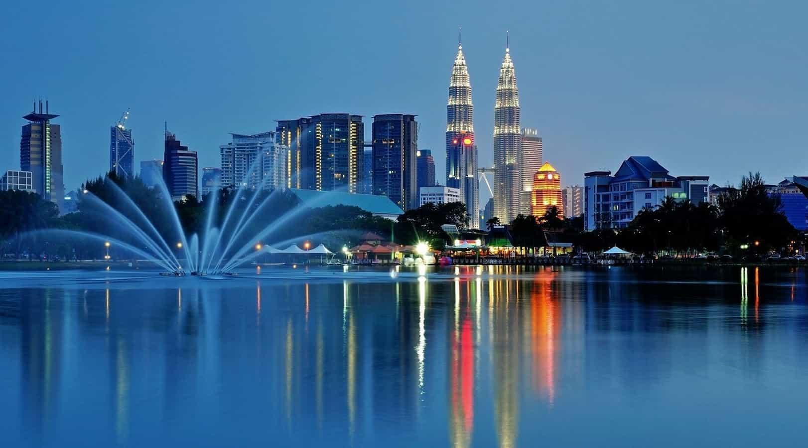 Du-lich-nuoc-ngoai-mua-he-malaysia
