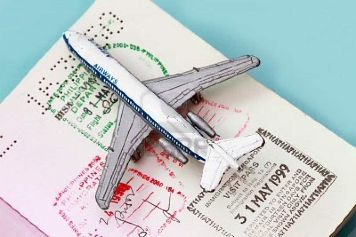 Phân-biệt-hộ-chiếu-và-visa