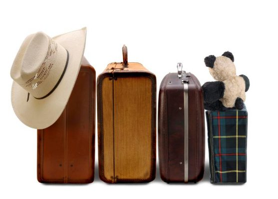 Cần tránh mang hành lý cồng kềnh khi đi du lịch nước ngoài
