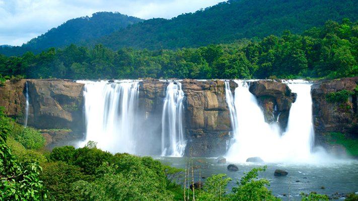 du-lịch-ấn-độ-Athirapally-falls-in-Thrissur-711