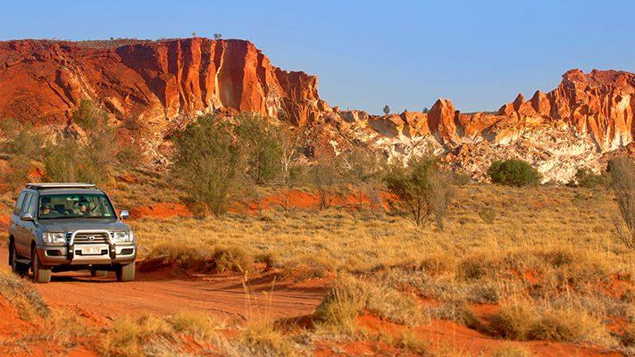 Du-lịch-Úc-Canh-quan-hoang-so-711x400