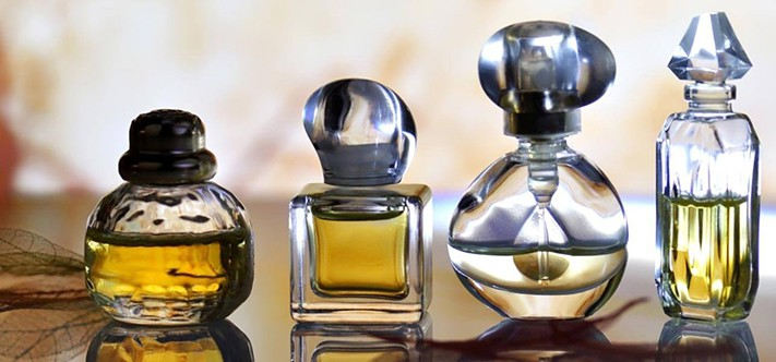 Perfume-Care-8-Simple-Tips-To-Store-Your-Perfumes-and-Make-Them-Last-Longer-711x400