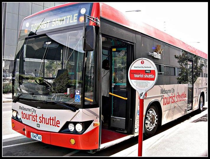 du-lịch-Melbourne-xe-bus-mien-phi-cho-khach-du-lich
