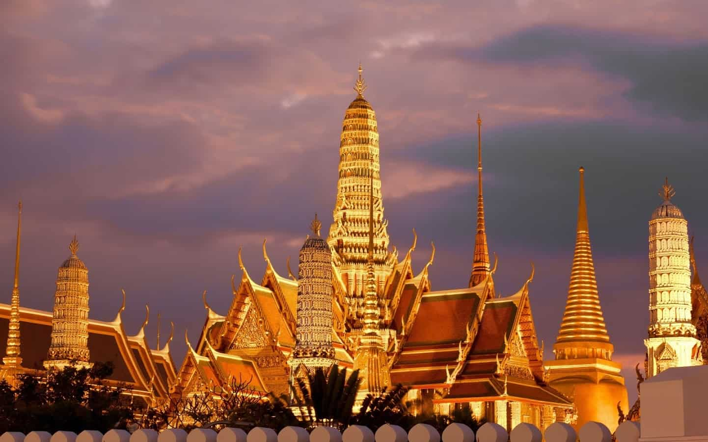 kinh-nghiem-du-lich-bangkok-golden-buddha (1)