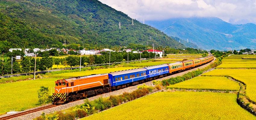 du-lịch-đai-bắc-train-in-paradise-taiwan-thumb