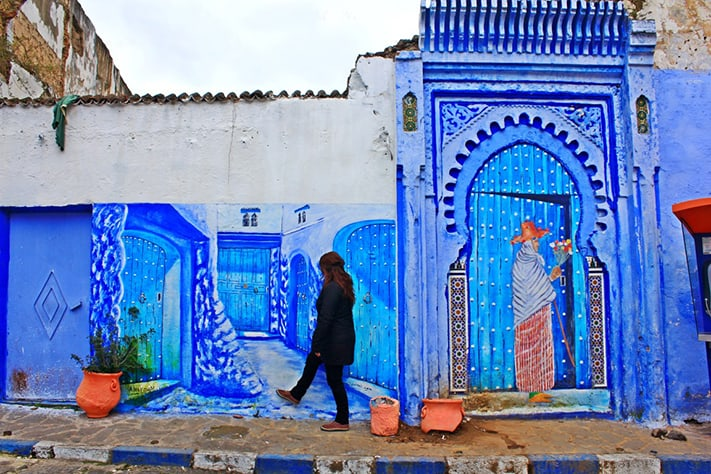 du-lịch-morocco-Chefchaouen-painting-chefs-medium-711