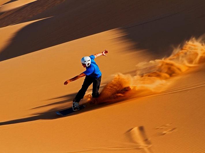 du-lịch-morocco-Sand-boarding-Merzouga-711