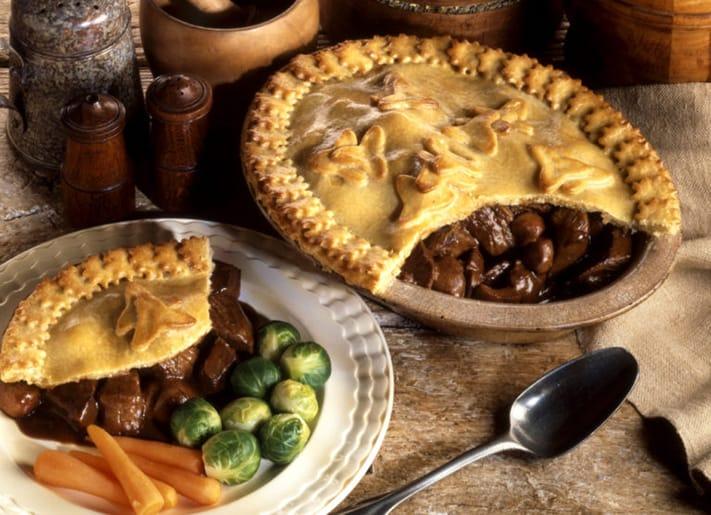 Steak-and-Kidney-Pie-711