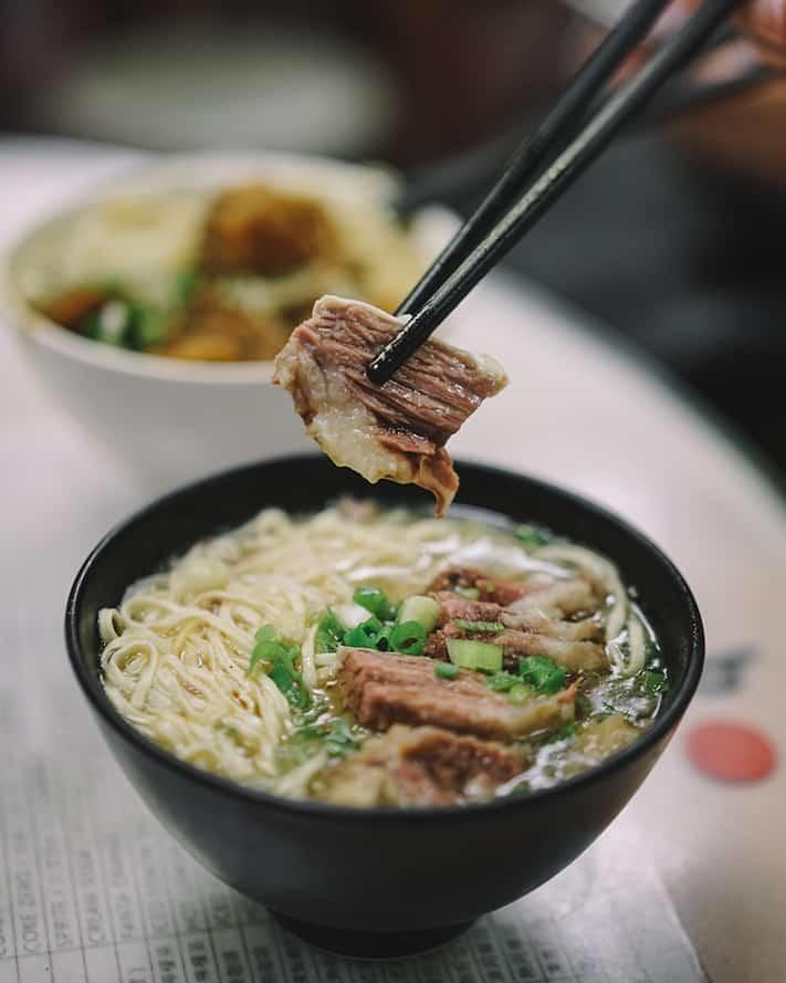 kinh-nghiệm-du-lịch-hongkong-beef-brisket-noodle-hongkong-711