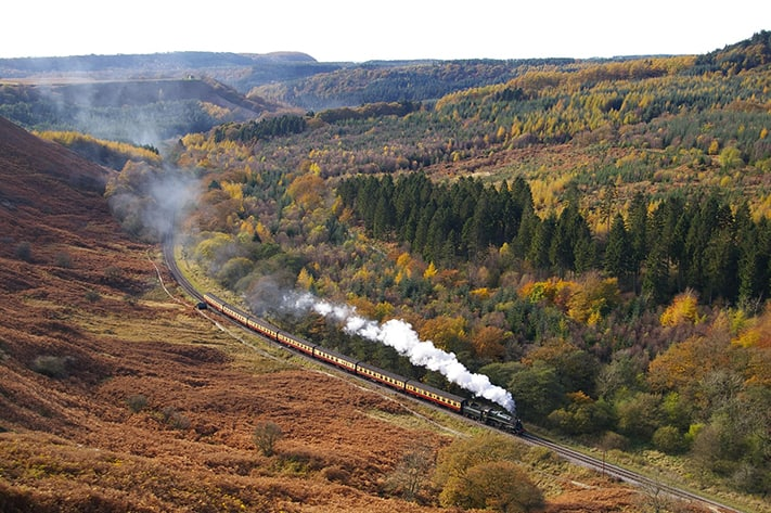 du-lịch-anh-quốc-north-yorkshire-moors-railway-stunning-yorkshire-scenery-711