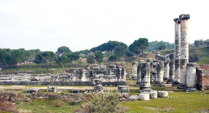 địa-điêm-du-lịch-thổ-nhĩ-kỳ-Artemis temple copy