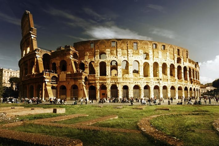 du-lịch-italy-Colosseum copy