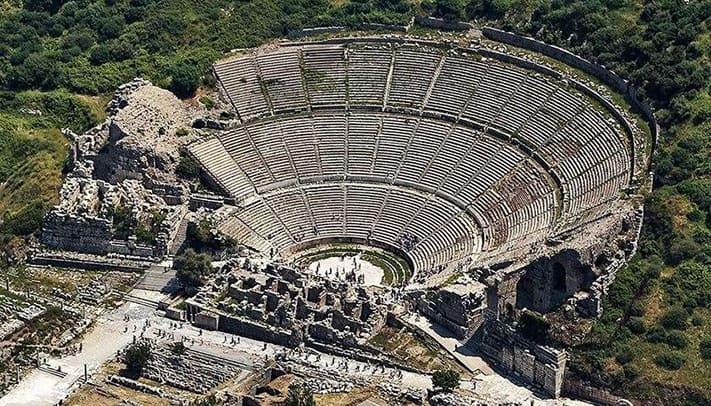 địa-điểm-du-lịch-thổ-nhĩ-kỳ-Ephesus-theater copy