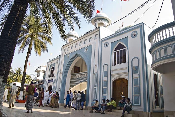 du-lịch-bangladesh-hazrat-shah-jalal-mazar-masjid-sylhet-711