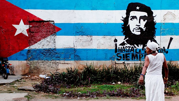 Du-lich-Cuba-Graffiti