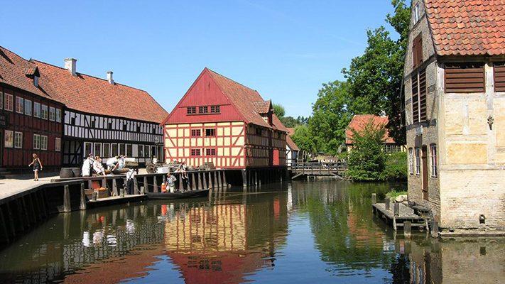 dịch-vụ-visa-đan-mạch-Old Towns Aarhus-711x