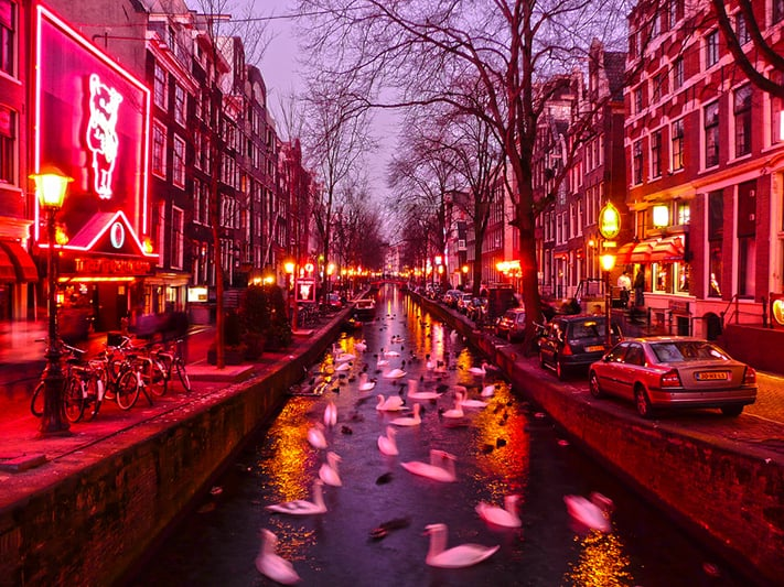 du-lịch-hà-lan-red-light-district-amsterdam-711