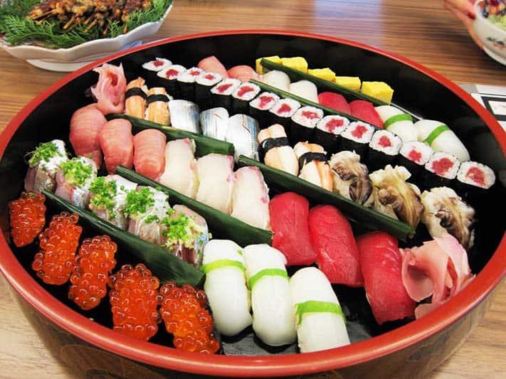 du-lich-nhat-ban-sushi