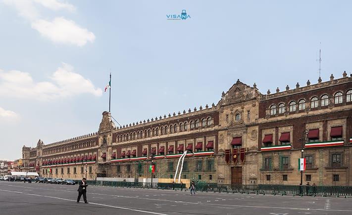 Palacio Nacional du lịch mexico