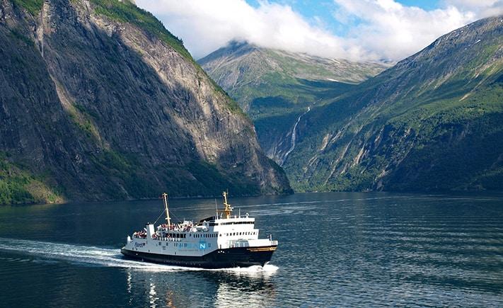 Geirangerfjord du lich Na Uy