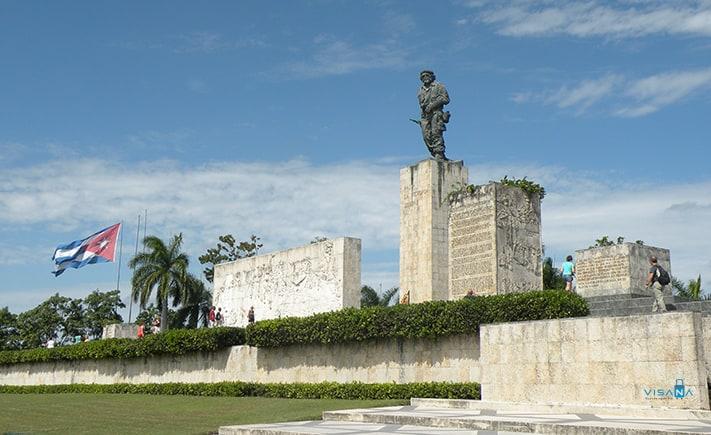 Du_lich_Cuba_Che-Guevara