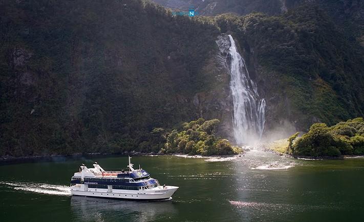 Milford_Sound_du_lich_New_Zealand